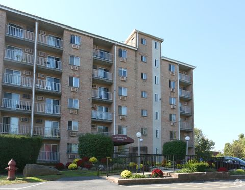 300 330 W 3rd St, Bridgeport, PA 19405