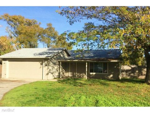 4391 Terry Ct, Olivehurst, CA 95961