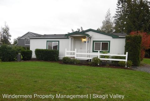 16514 Peterson Rd, Burlington, WA 98233