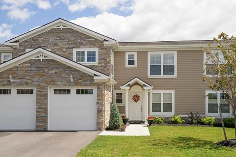 160 Glendon Pl, Amherst, NY 14221