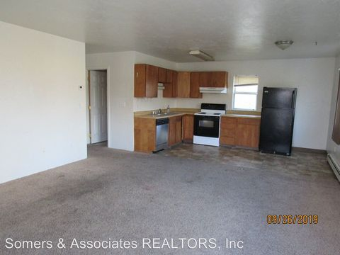 Photo of 2402 Mercier St, Fairbanks, AK 99701