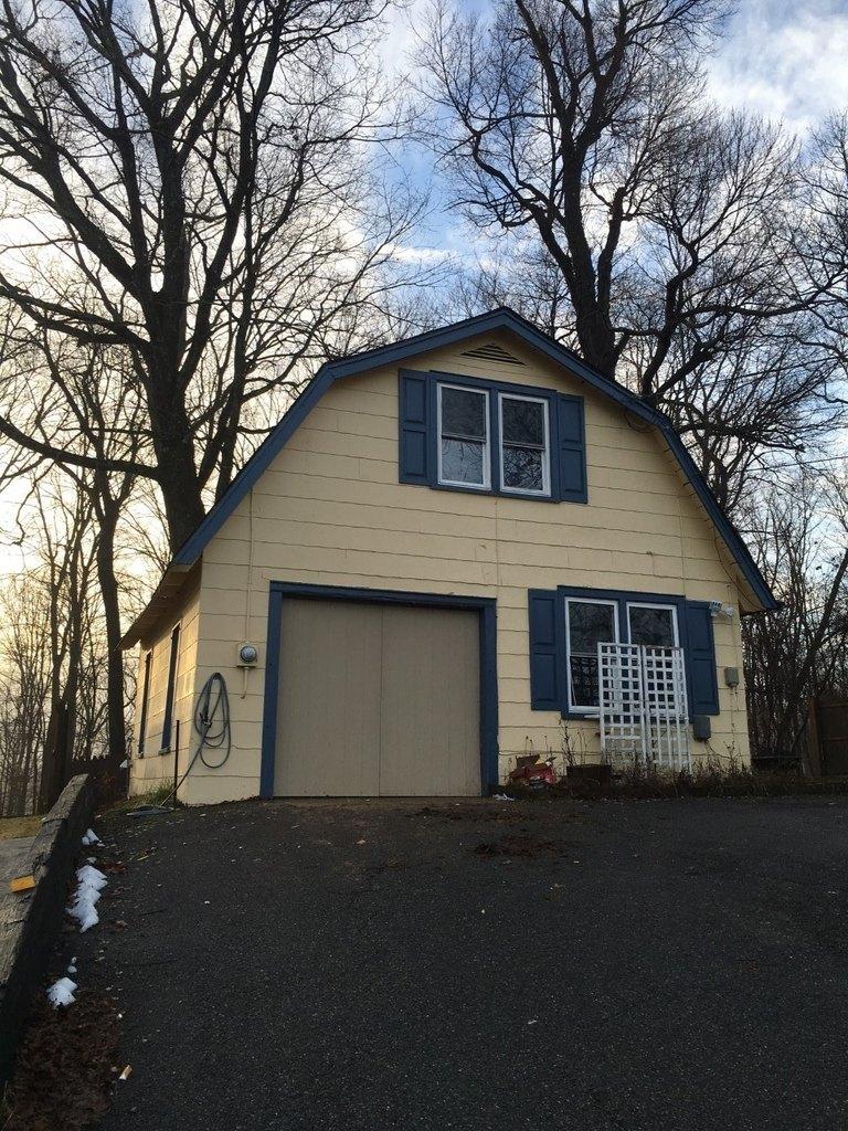 32 New Hampshire St, Newton, NJ 07860