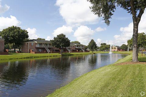 Photo of 1000 Carlton Arms Dr, Lakeland, FL 33811