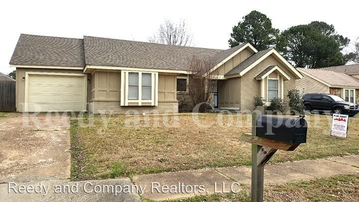Wondrous 4310 Thistleway Dr Memphis Tn 38141 Home Interior And Landscaping Palasignezvosmurscom