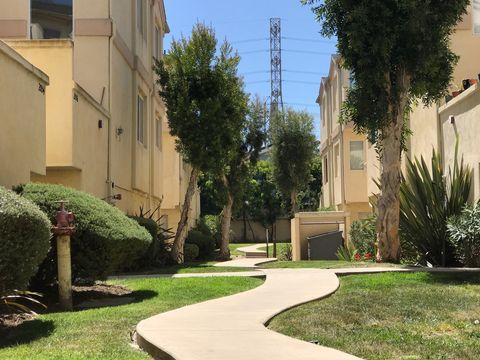 2062 Artesia Blvd Apt C, Torrance, CA 90504