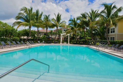 9016 Alister Blvd E, Palm Beach Gardens, FL 33418