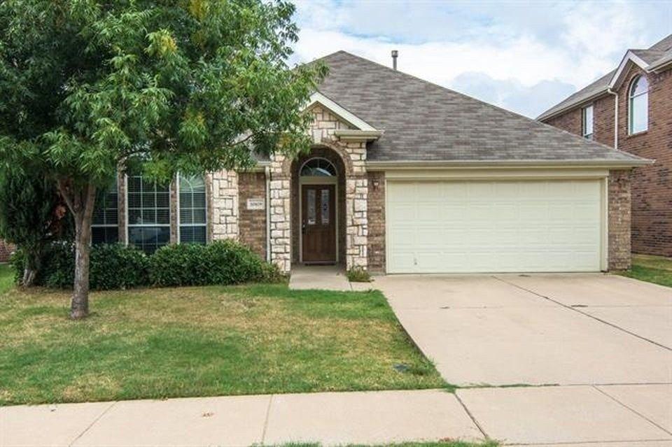 10429 Jaybird Dr, Fort Worth, TX 76244