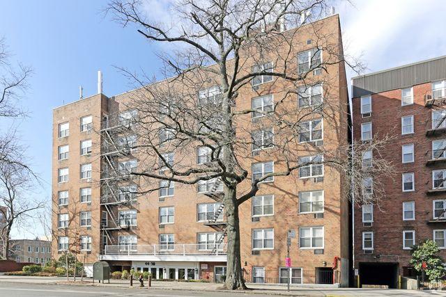 179 15 80th rd jamaica estates ny 11432 home for rent for 155 10 jamaica avenue second floor jamaica ny 11432