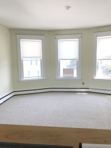 Photo of 39 Cook St Apt 3, Auburn, ME 04210