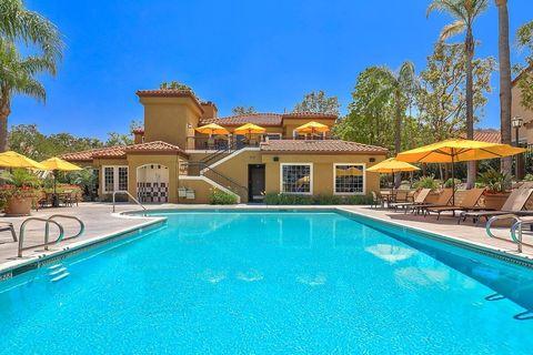 8201 E Blackwillow Cir, Anaheim Hills, CA 92808