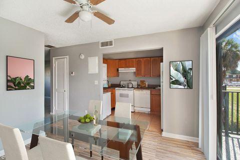 3901 36th Ct, West Palm Beach, FL 33407