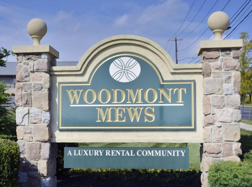 Woodmont Mews Apartments