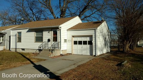 Photo of 911 S 1st St, Norfolk, NE 68701