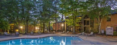 Photo of 4981 Hidden Lake Dr, Memphis, TN 38128