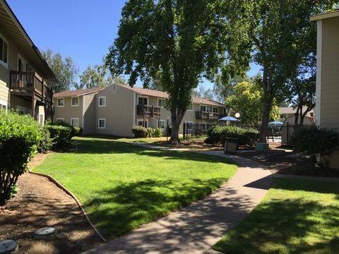 985 Montebello Dr, Gilroy, CA 95020
