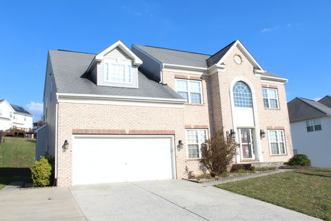 Photo Of 12422 Hillantrae Dr Clinton Md 20735 House For Rent