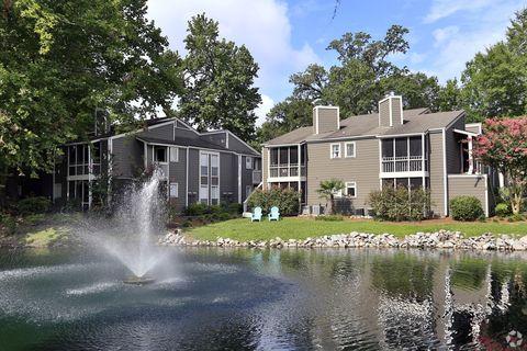 Photo of 2225 Ashley River Rd, Charleston, SC 29414