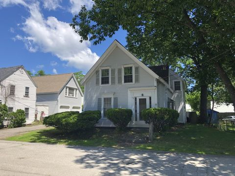 Photo of 23 Garfield St, Exeter, NH 03833