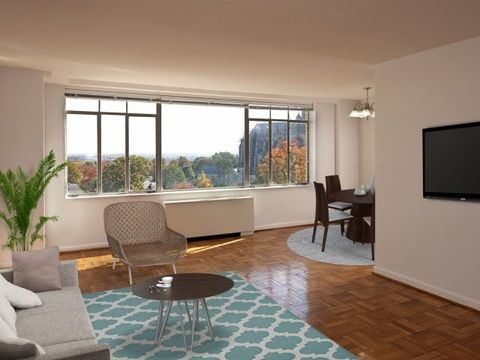 Photo of 3210 Wisconsin Ave Nw, Washington, DC 20016