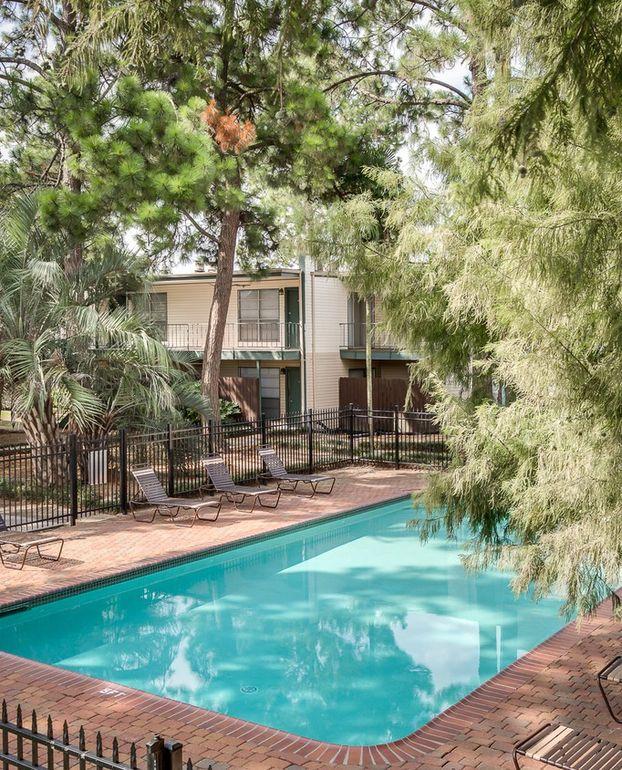 Lafayette La Apartments: 100 Belle Fontaine Dr, Lafayette, LA 70506