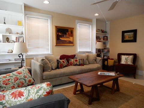 Photo of 146 Coming 1/2 St # A, Charleston, SC 29403