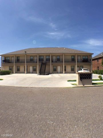 Photo of 2010 Miroslava Ave Apt 10, Mission, TX 78573