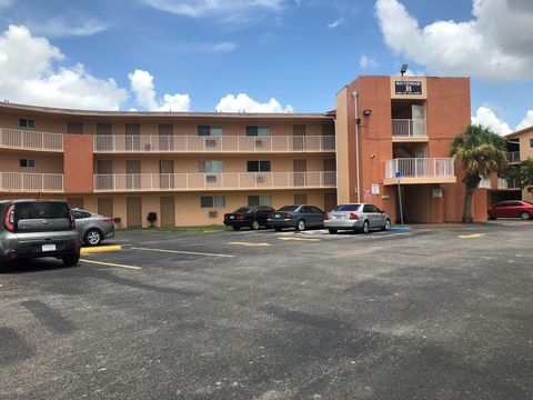 Photo Of 19800 Sw 110th Ct Miami Fl 33157 Apartment For Rent