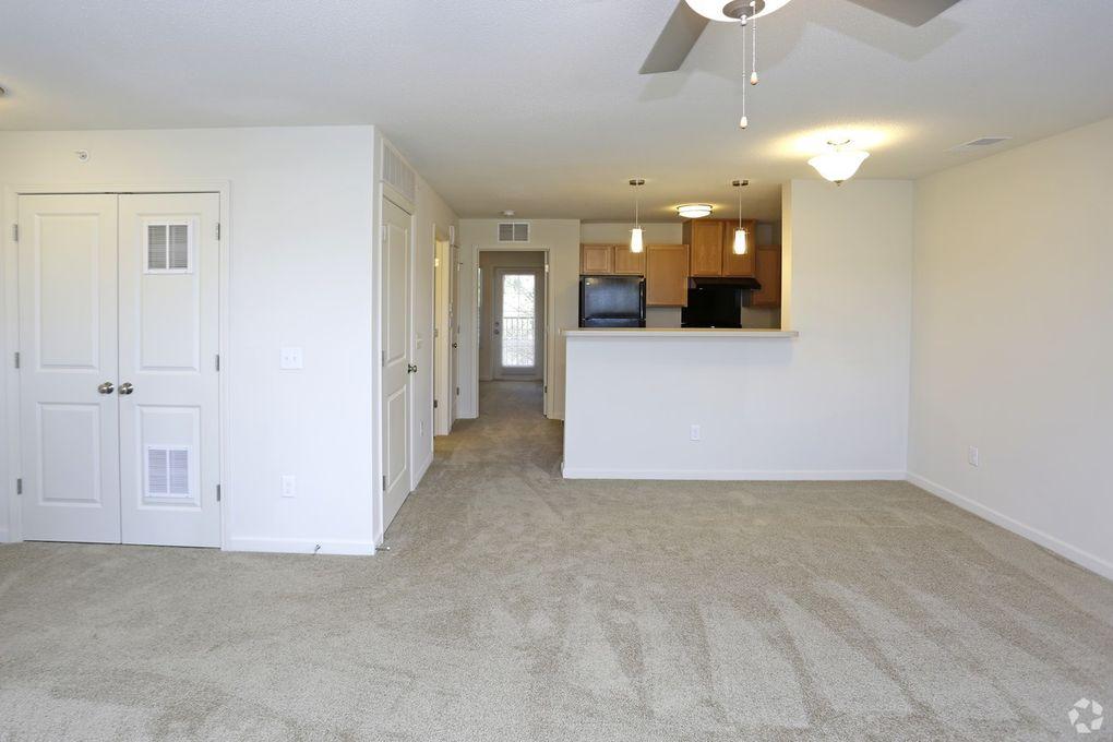 191 sandbar ct ne rochester mn 55906. Black Bedroom Furniture Sets. Home Design Ideas