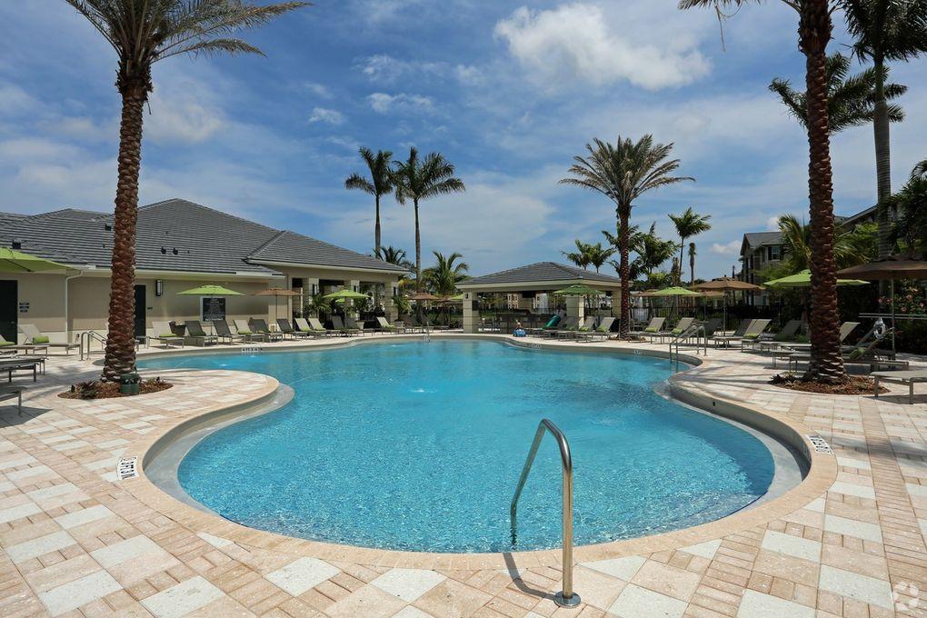 10000 S Gardens Dr Palm Beach