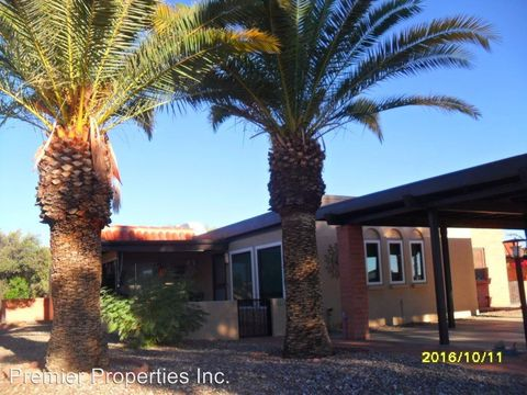 219 N Calle Del Diablo, Green Valley, AZ 85614