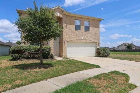 Photo of 2302 Amber Wheat Ct, Fresno, TX 77545
