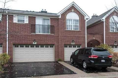 887 Bromley Pl, Northbrook, IL 60062