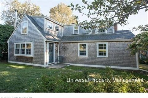 611 Haley Rd, Kittery Point, ME 03905