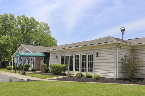 4620 S High School Rd, Indianapolis, IN 46241