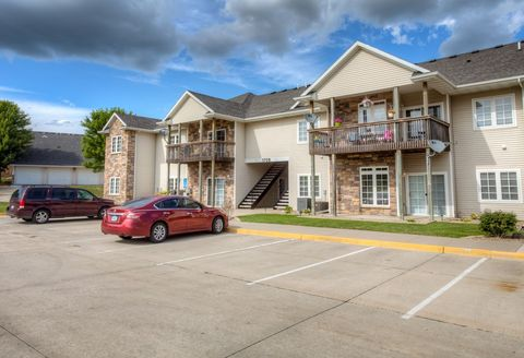 Photo of 1709 34th Ave Sw Unit 2, Altoona, IA 50009