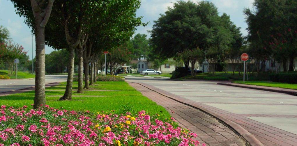 920 Century Plaza Dr, Houston, TX 77073 - realtor.com®