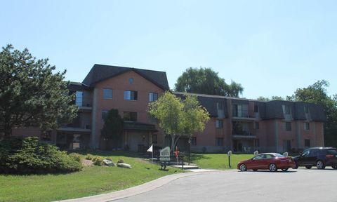 Photo of 3150 S Pinewood Creek Ct, New Berlin, WI 53151