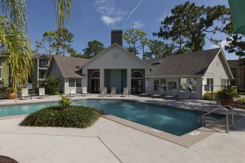 Photo of 1020 Chatham Pines Cir, Winter Springs, FL 32708