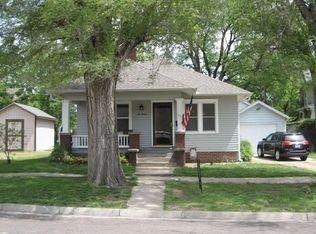 611 N Broadway St, Abilene, KS 67410