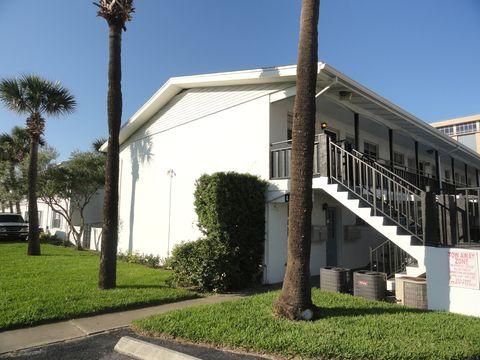 Photo of 424 N Grandview Ave Apt 18, Daytona Beach, FL 32118