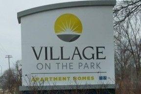13210 Village Park Dr, Southgate, MI 48195