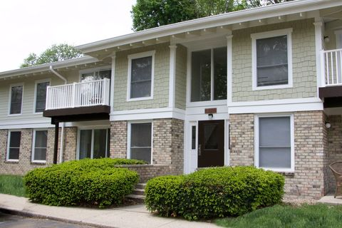 6630 Glenbrook Dr, Indianapolis, IN 46220