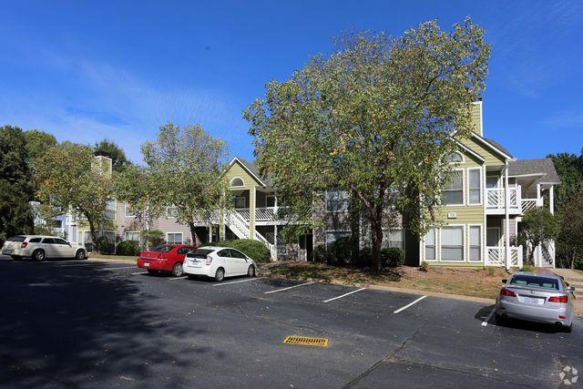 5856 Old Oak Ridge Rd, Greensboro, NC 27410