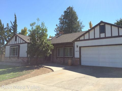 1670 Sylvaner Ave, Saint Helena, CA 94574