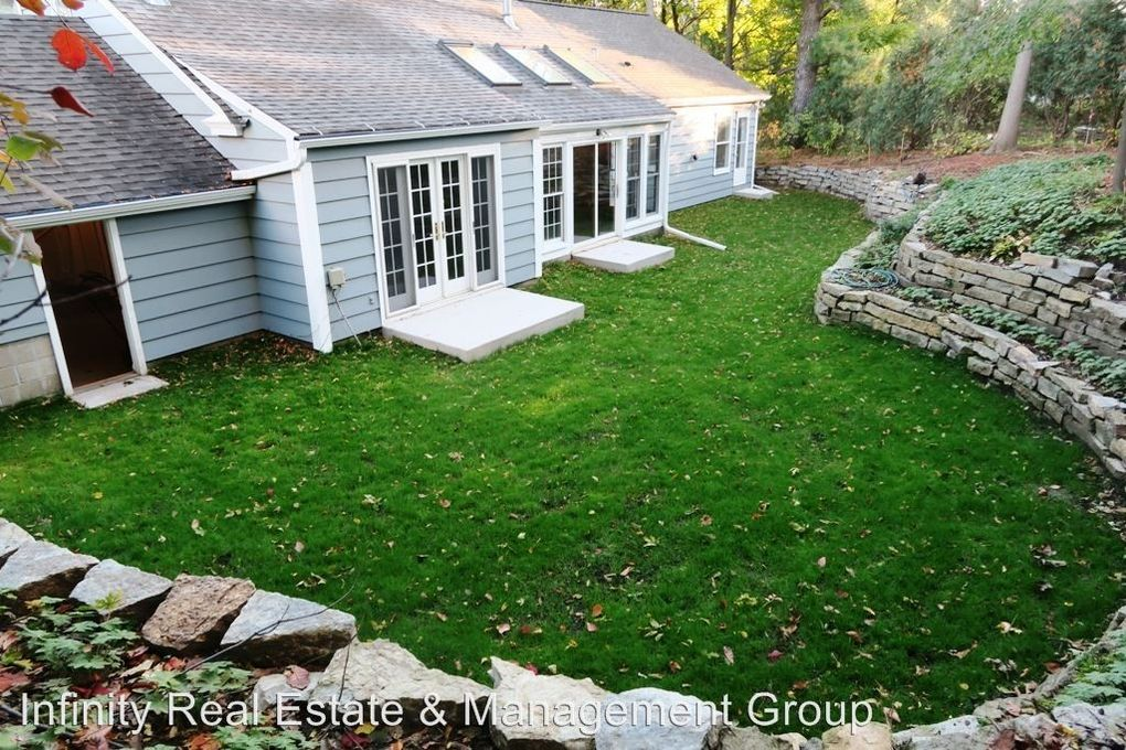 1010 6th St Sw, Rochester, MN 55902