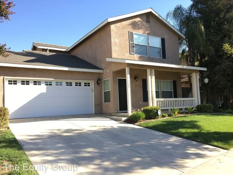 1155 Meadow Dr, Exeter, CA 93221