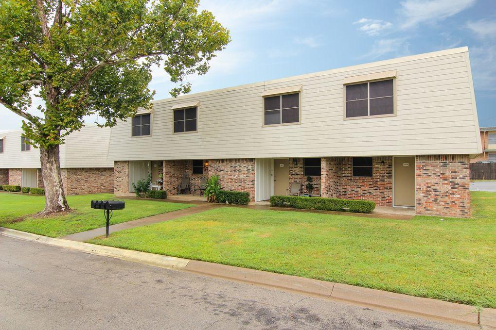 101 Westcourt Dr, Cleburne, TX 76033