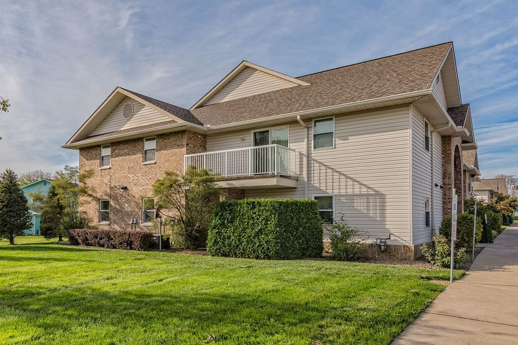 4600-4622 Springview Dr, Erie, PA 16509