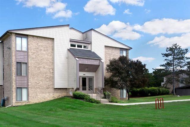 22540 Fairmont Dr, Farmington Hills, MI 48335