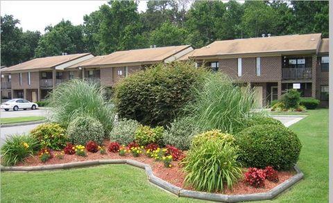 Photo of 18 Belles Cove Dr, Poquoson, VA 23662